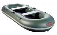 ...надувную резиновую лодку: портативна, легка в движении по воде...